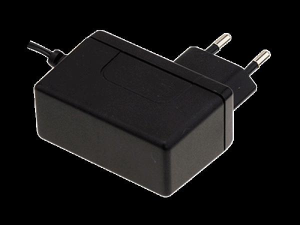 Stecker-Netzgerät 12V / 2A Schaltreglert.